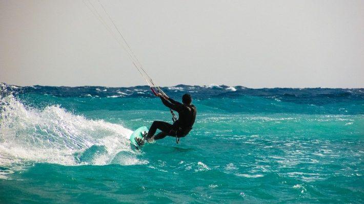faire du kit surf